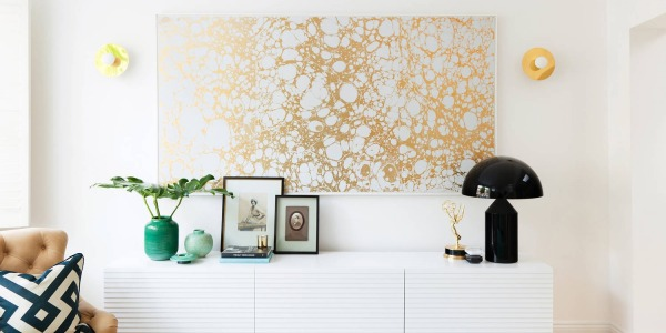 Furnishing with gold for a glamorous chic home